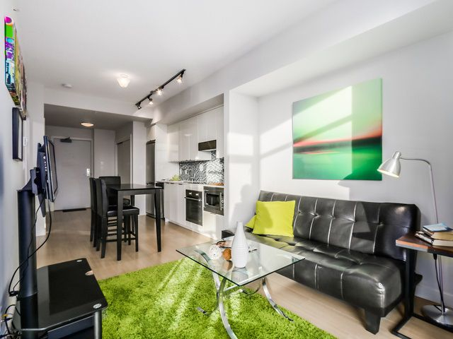Main Photo: 307 2788 PRINCE EDWARD STREET in Vancouver: Mount Pleasant VE Condo for sale (Vancouver East)  : MLS®# R2046304