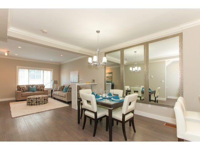 Main Photo: 50 19097 64 Avenue in Surrey: Cloverdale BC Townhouse for sale (Cloverdale)