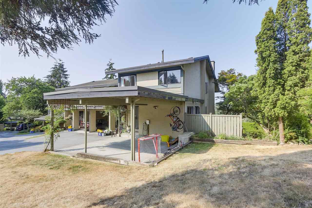 Main Photo: 1056 LILLOOET ROAD in North Vancouver: Lynnmour Townhouse for sale : MLS®# R2294189