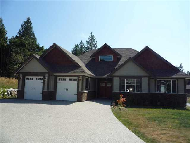 Main Photo: 5005 BAY RD in Sechelt: Sechelt District House for sale (Sunshine Coast)  : MLS®# V928210