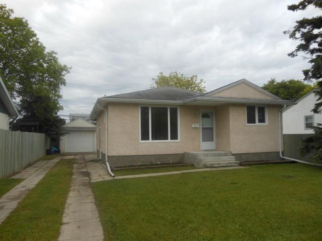Main Photo: 924 Elizabeth Road in WINNIPEG: Windsor Park / Southdale / Island Lakes Residential for sale (South East Winnipeg)  : MLS®# 1213014