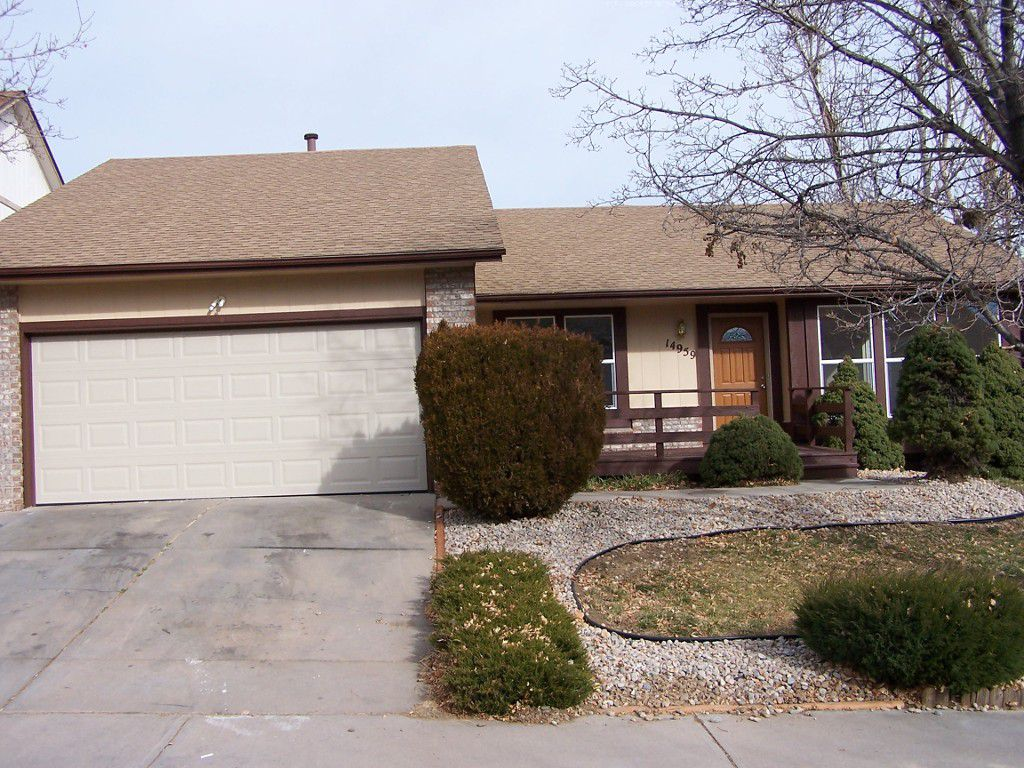 Main Photo: 14959 E. Walsh Drive in Aurora: House for sale : MLS®# 7850563