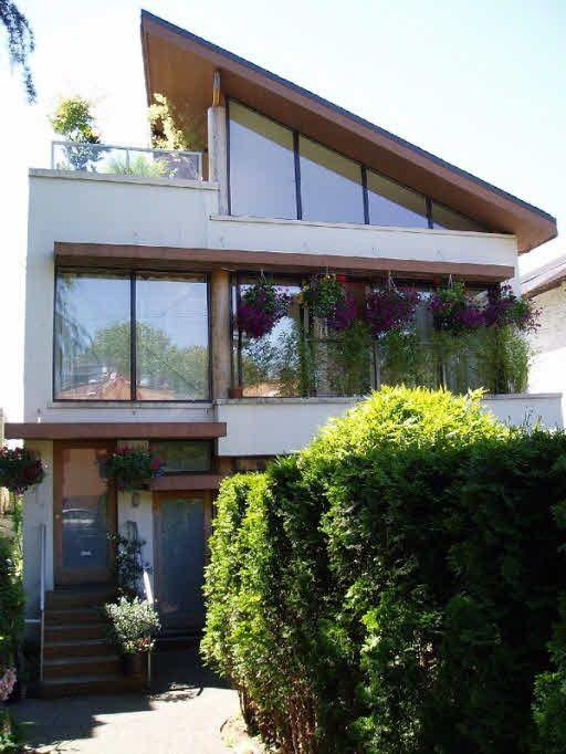 Main Photo: 1419 MAPLE STREET in : Kitsilano House 1/2 Duplex for sale : MLS®# V642338