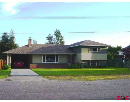 Main Photo: 46036 CLARKE DR in Chilliwack: Chilliwack N Yale-Well House for sale : MLS®# H2501703