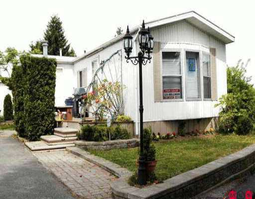 """Main Photo: 4 16039 FRASER HY in Surrey: Fleetwood Tynehead Manufactured Home for sale in """"FLEETWOOD"""" : MLS®# F2609979"""