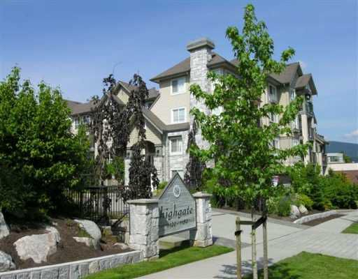 "Main Photo: 213 1150 E 29TH ST in North Vancouver: Lynn Valley Condo for sale in ""HIGHGATE"" : MLS®# V593634"