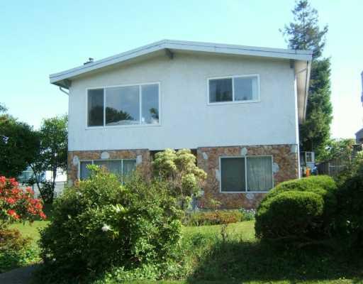 """Main Photo: 2460 E 51ST AV in Vancouver: Killarney VE House for sale in """"KILLARNEY"""" (Vancouver East)  : MLS®# V595119"""
