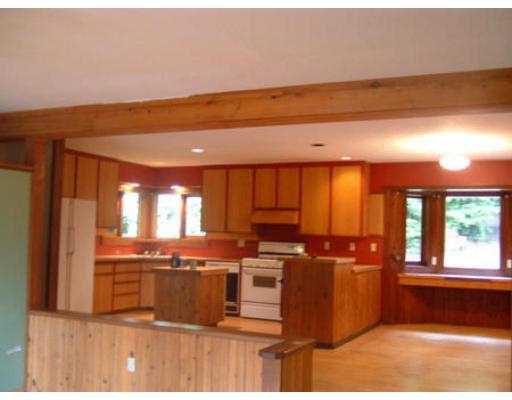 Photo 5: Photos: 3037 GRAUMAN RD in Roberts_Creek: Roberts Creek House for sale (Sunshine Coast)  : MLS®# V563085