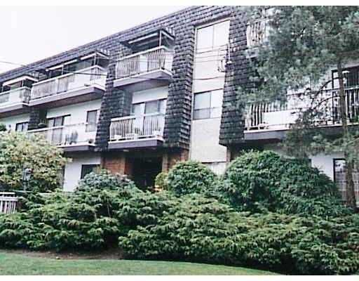 "Main Photo: 306 7428 19TH AV in Burnaby: Edmonds BE Condo for sale in ""CHATEAU LION"" (Burnaby East)  : MLS®# V570540"