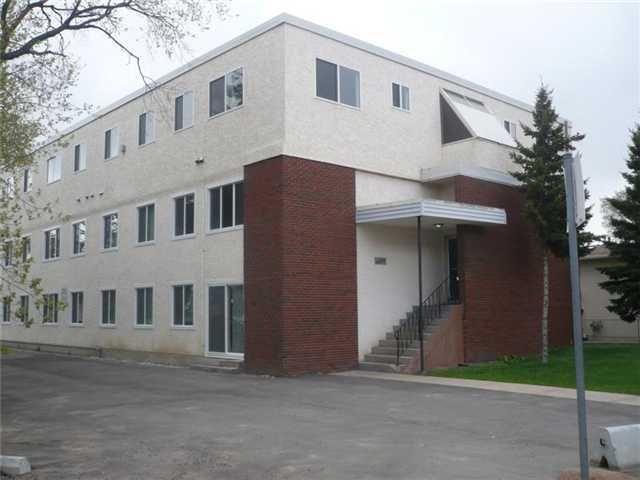 Main Photo: 9 10035 155 Street in Edmonton: Zone 22 Condo for sale : MLS®# E4165631