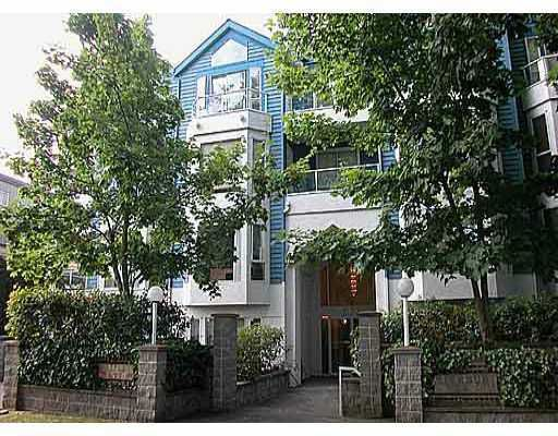 "Main Photo: 302 3720 W 8TH AV in Vancouver: Point Grey Condo for sale in ""HIGHBURY PLACE"" (Vancouver West)  : MLS®# V557902"