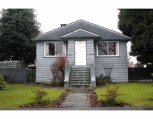 Main Photo: 4046 CAMBRIDGE ST in Burnaby: Vancouver Heights House for sale (Burnaby North)  : MLS®# V576307