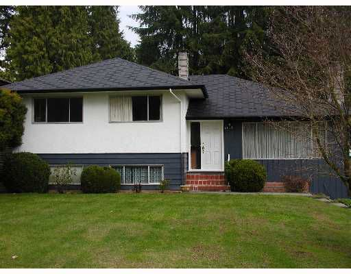 """Main Photo: 4142 CADDY Road in North_Vancouver: Dollarton House for sale in """"VNVDO-DOLLARTON"""" (North Vancouver)  : MLS®# V649178"""