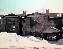 Main Photo: 209 79 SWINDON Way in WINNIPEG: River Heights / Tuxedo / Linden Woods Condominium for sale (South Winnipeg)  : MLS®# 9706208