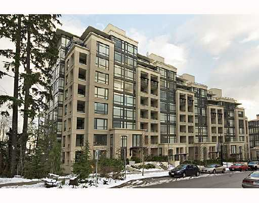 Main Photo: 700 9300 UNIVERSITY Crescent in Burnaby: Simon Fraser Univer. Condo for sale (Burnaby North)  : MLS®# V678929