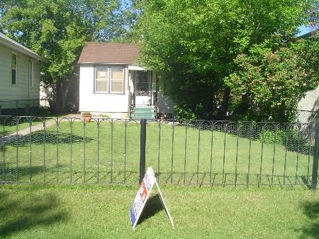 Main Photo: : RED for sale (Montrose)  : MLS®# E3059379