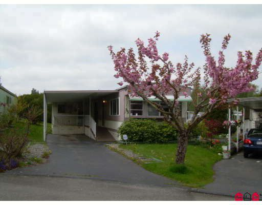 """Main Photo: 92 8220 KING GEORGE Highway in Surrey: Bear Creek Green Timbers Manufactured Home for sale in """"Crestway Bays"""" : MLS®# F2813635"""