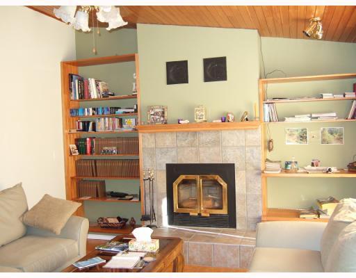 Photo 4: Photos: 5744 TROUT LAKE Road in Halfmoon_Bay: Halfmn Bay Secret Cv Redroofs House for sale (Sunshine Coast)  : MLS®# V668083