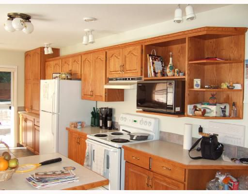 Photo 5: Photos: 5744 TROUT LAKE Road in Halfmoon_Bay: Halfmn Bay Secret Cv Redroofs House for sale (Sunshine Coast)  : MLS®# V668083