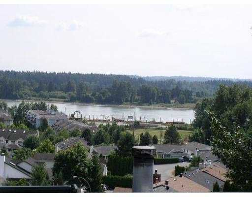 "Main Photo: 11726 225TH Street in Maple Ridge: East Central Townhouse for sale in ""ROYAL TERRACE"" : MLS®# V631551"