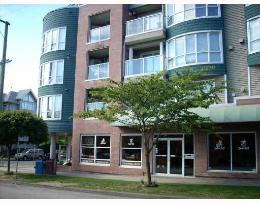 """Main Photo: 208 789 W 16TH Avenue in Vancouver: Fairview VW Condo for sale in """"SIXTEEN WILLOWS"""" (Vancouver West)  : MLS®# V663069"""