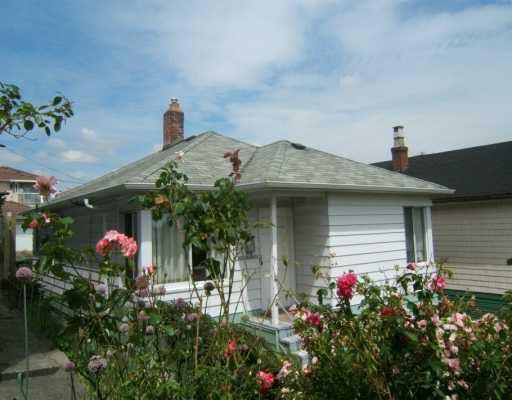"Main Photo: 3267 E GEORGIA ST in Vancouver: Renfrew VE House for sale in ""RENFREW"" (Vancouver East)  : MLS®# V601661"
