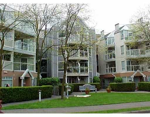 """Main Photo: #307-2020 W 8th Ave in Vancouver: Kitsilano Condo for sale in """"Augustine Gardens"""" (Vancouver West)  : MLS®# V867862"""