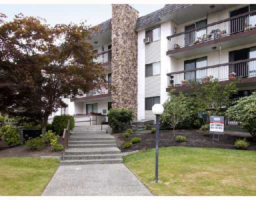 "Main Photo: 310 2381 BURY Avenue in Port_Coquitlam: Central Pt Coquitlam Condo for sale in ""RIVERSIDE MANOR"" (Port Coquitlam)  : MLS®# V682692"