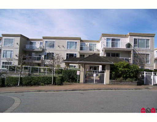 "Main Photo: 202 1153 VIDAL Street in White_Rock: White Rock Condo for sale in ""Montecito by The Sea"" (South Surrey White Rock)  : MLS®# F2808597"