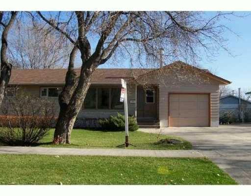 Main Photo: 18 CAMPEAU Street in Winnipeg: Fort Garry / Whyte Ridge / St Norbert Single Family Detached for sale (South Winnipeg)  : MLS®# 2517382
