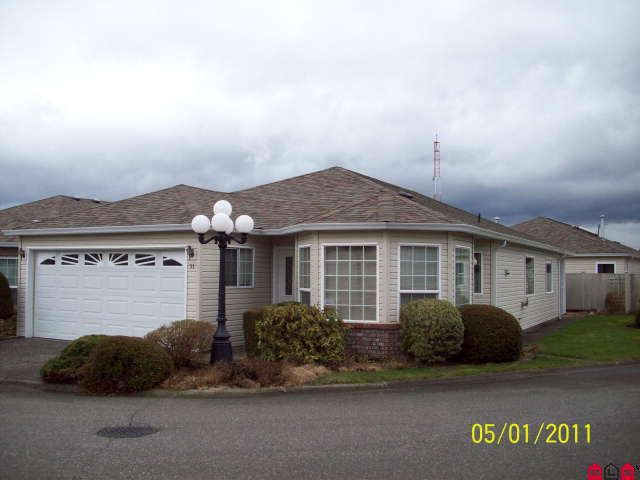 Main Photo: # 31 8500 YOUNG RD in Chilliwack: House for sale : MLS®# H1100543