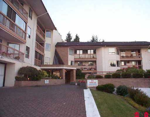 "Main Photo: 513 1350 VIDAL ST: White Rock Condo for sale in ""Seapark"" (South Surrey White Rock)  : MLS®# F2607878"