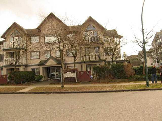 """Main Photo: # 306 1928 E 11TH AV in Vancouver: Grandview VE Condo for sale in """"Lakeview Court"""" (Vancouver East)  : MLS®# V873866"""