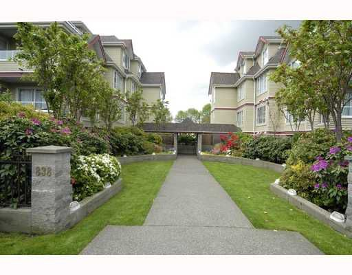 Main Photo: 103 838 W 16TH Avenue in Vancouver: Cambie Condo for sale (Vancouver West)  : MLS®# V711502