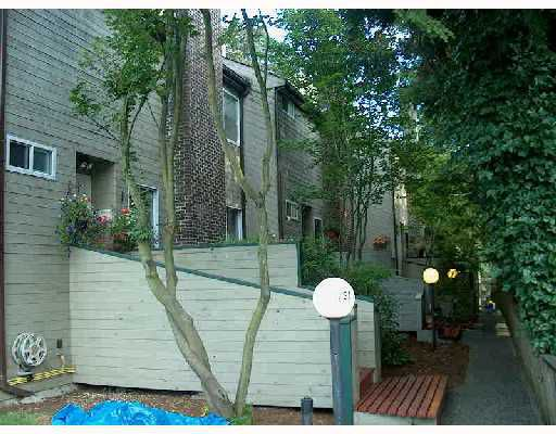 Main Photo: 753 W QUEENS Road in North_Vancouver: Delbrook Townhouse for sale (North Vancouver)  : MLS®# V682196
