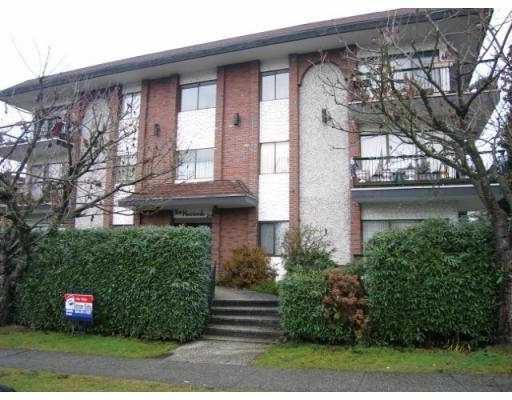 "Main Photo: 103 214 E 15TH Street in North_Vancouver: Central Lonsdale Condo for sale in ""HACIENDA"" (North Vancouver)  : MLS®# V650676"