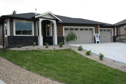 Main Photo: 1731 - 23rd Street NE in Salmon Arm: Lakeview Meadows Residential Detached for sale : MLS®# 9198925