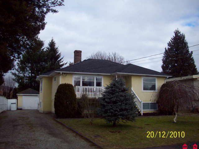 Main Photo: 45813 HENDERSON AV in Chilliwack: Chilliwack N Yale-Well House for sale : MLS®# H1100168