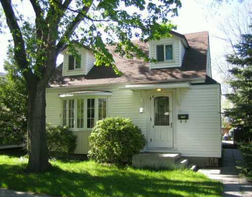 Main Photo: 1055 GARWOOD Avenue in Winnipeg: Fort Rouge / Crescentwood / Riverview Single Family Detached for sale (South Winnipeg)  : MLS®# 2607810