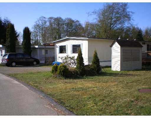 "Main Photo: 70 1413 HIGHWAY 101 BB in Gibsons: Gibsons & Area Manufactured Home for sale in ""THE POPLARS"" (Sunshine Coast)  : MLS®# V643850"