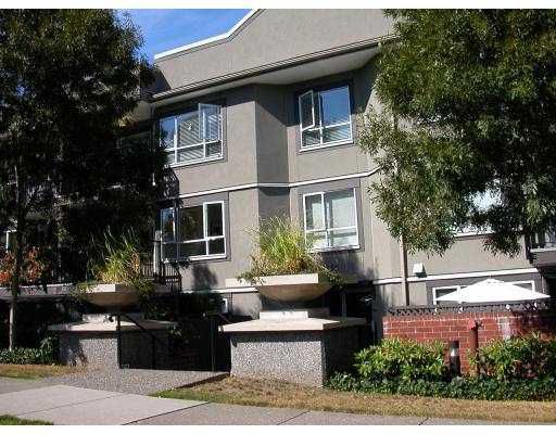 """Main Photo: 312 555 W 14TH Avenue in Vancouver: Fairview VW Condo for sale in """"CAMBRIDGE PLACE"""" (Vancouver West)  : MLS®# V666633"""