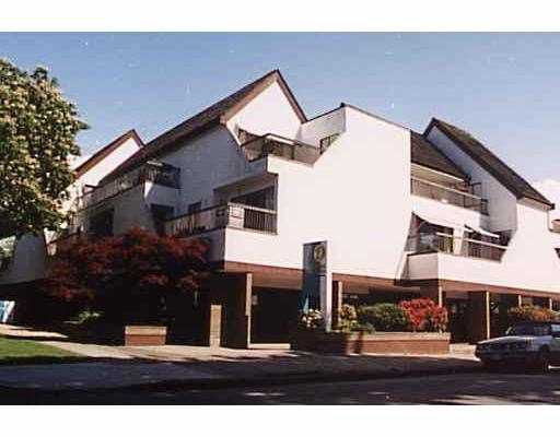 """Main Photo: 303 5920 EAST Boulevard in Vancouver: Kerrisdale Condo for sale in """"OAKWOOD TERRACE"""" (Vancouver West)  : MLS®# V708684"""