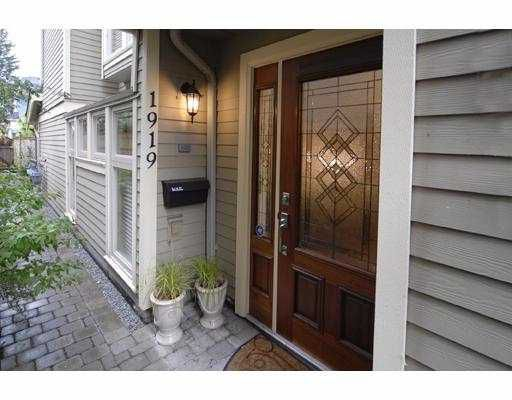 Main Photo: 1919 W 12TH Avenue in Vancouver: Kitsilano Townhouse for sale (Vancouver West)  : MLS®# V659271