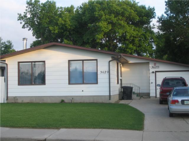 Main Photo: 3629 DIEFENBAKER Drive in SASKATOON & Area: Pacific Heights Single Family Dwelling for sale (Saskatoon Area 05)