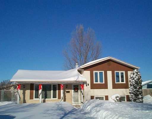Main Photo: 27 TUNBRIDGE Bay in Winnipeg: Transcona Single Family Detached for sale (North East Winnipeg)  : MLS®# 2417260