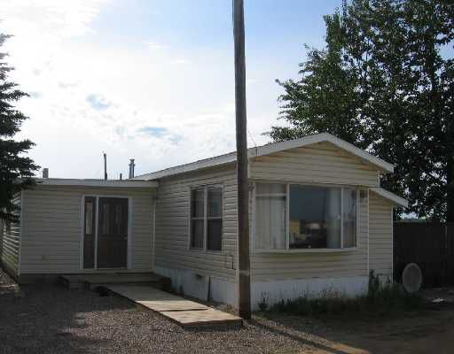 """Main Photo: 30 4603 S 50TH Avenue in Fort_Nelson: Fort Nelson -Town Manufactured Home for sale in """"MIDNIGHT SUN ESTATES MHP"""" (Fort Nelson (Zone 64))  : MLS®# N173870"""