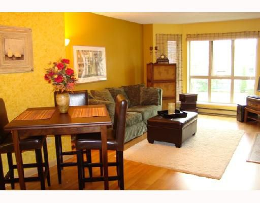 Main Photo: 3D 2775 FIR Street in Vancouver: Fairview VW Condo for sale (Vancouver West)  : MLS®# V691923