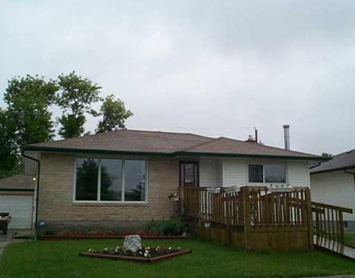 Main Photo:  in Winnipeg: East Kildonan Single Family Detached for sale (North East Winnipeg)  : MLS®# 2509081