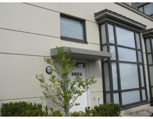 "Main Photo: 5 4178 DAWSON Street in Burnaby: Central BN Condo for sale in ""TANDEM"" (Burnaby North)  : MLS®# V670510"