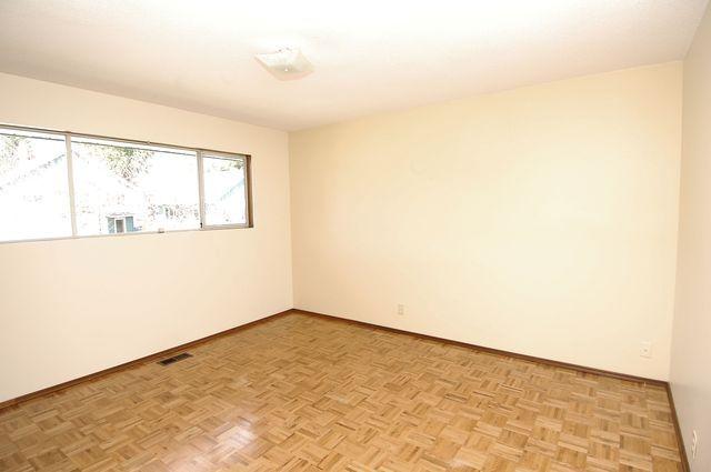 Photo 11: Photos: 185 QUAMICHAN AVENUE in LAKE COWICHAN: House for sale : MLS®# 330937
